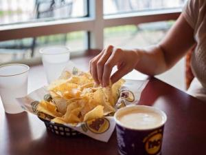 Moe's Queso and Chips