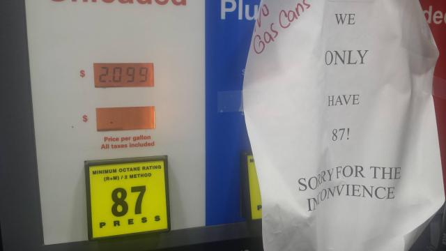 Gas at the Murphy gas station in the 40/42 area, 9/20/16