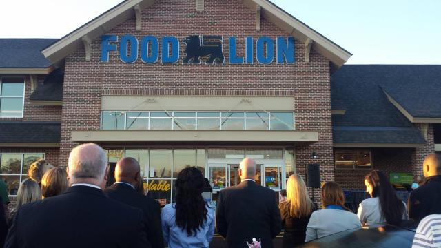 Food Lion storefront for new store on Cleveland Rd, Clayton, NC