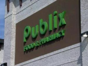 Publix store front