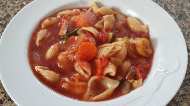 Vegetable soup with pasta