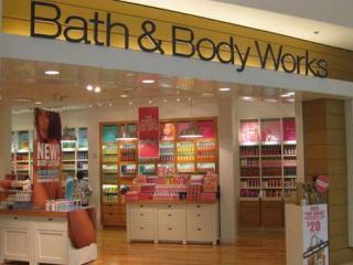 Bath & Body Works storefront