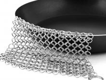 Stainless-Steel Chainmail Scrubber for Cast-iron