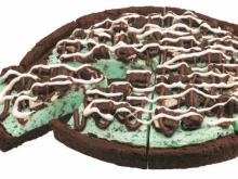 Baskin-Robbins Mint Chocolate Chip Polar Pizza