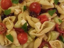 Pasta salad with veggies