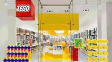 IMAGE: LEGO building event with freebie 10/3-10/4