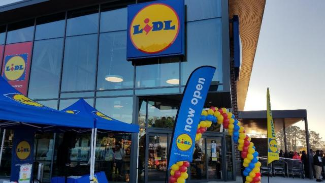 Lidl Raleigh, Grand Opening, 11-16-17