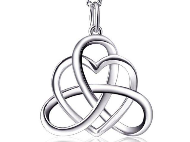 Sterling Silver Good Luck Celtic Knot Heart Necklace Wral