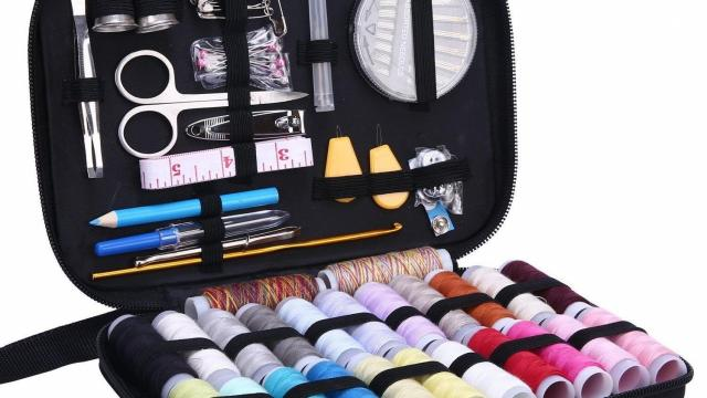 Sewing Kit with Over 100 Pieces
