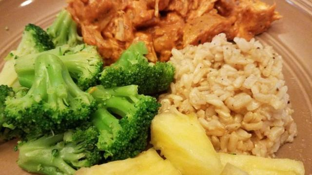 Chicken tikka masala, broccoli, brown rice, pineapple