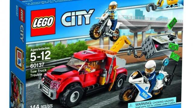 Lego City Police Tow Truck Trouble Building Set Only 14 98 Wral Com