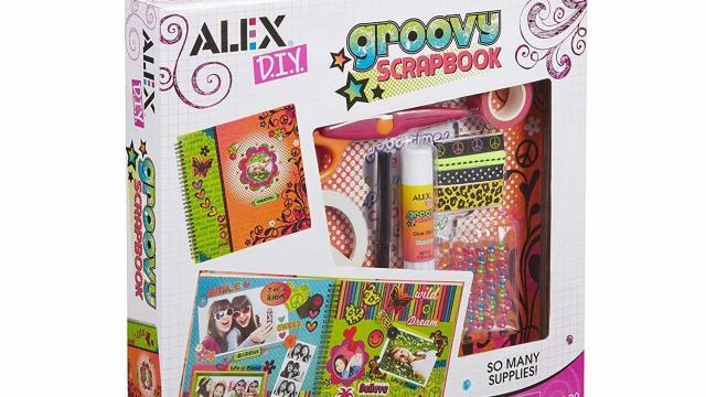 ALEX Toys Craft Groovy Scrapbook (photo courtesy Amazon)