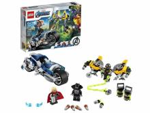 LEGO Marvel Avengers Speeder Bike Attack Black Panther and Thor Set