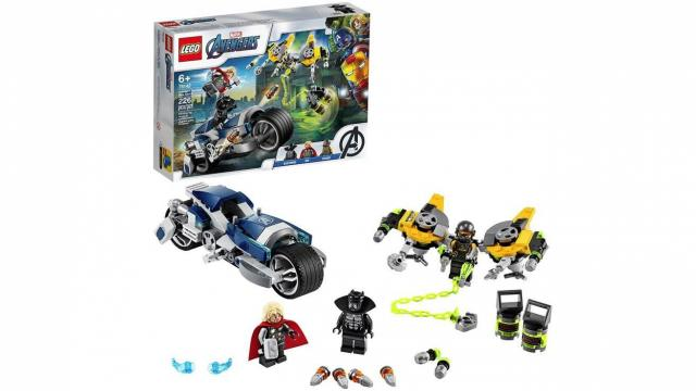 LEGO Marvel Avengers Speeder Bike Attack Black Panther and Thor Set (photo courtesy Amazon)