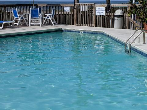 Ocean Isle Inn outdoor pool