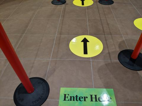 Arrows indicating where to enter for checkout