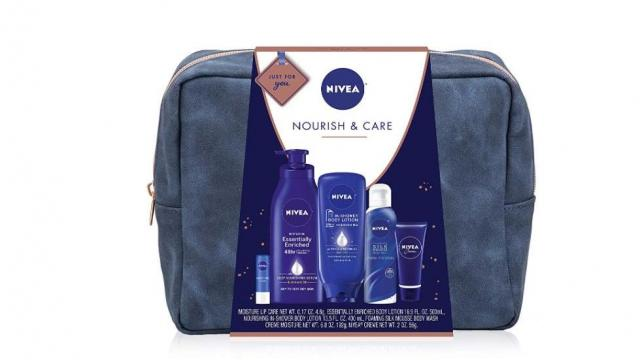 NIVEA Pamper Time 5 Piece Luxury Collection Gift Set Deal (photo courtesy Amazon)