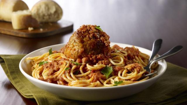 Magggiano's Spaghetti & Meatballs (photo credit: PRNewsfoto/Maggiano's Little Italy)