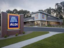 ALDI store front (photo courtesy ALDI)