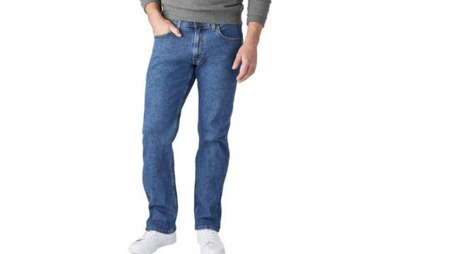 Signature by Levi Strauss & Co. Gold Label Men's Relaxed Fit Jeans (photo courtesy Amazon)