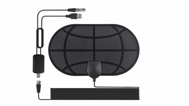 Digital 4K HDTV Antenna (photo courtesy Amazon)