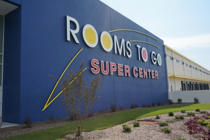Hundreds of jobs, thousands of choices at new Rooms to Go center ...