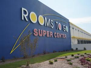 Rooms to Go's super center in Dunn combines distribution and retail space.