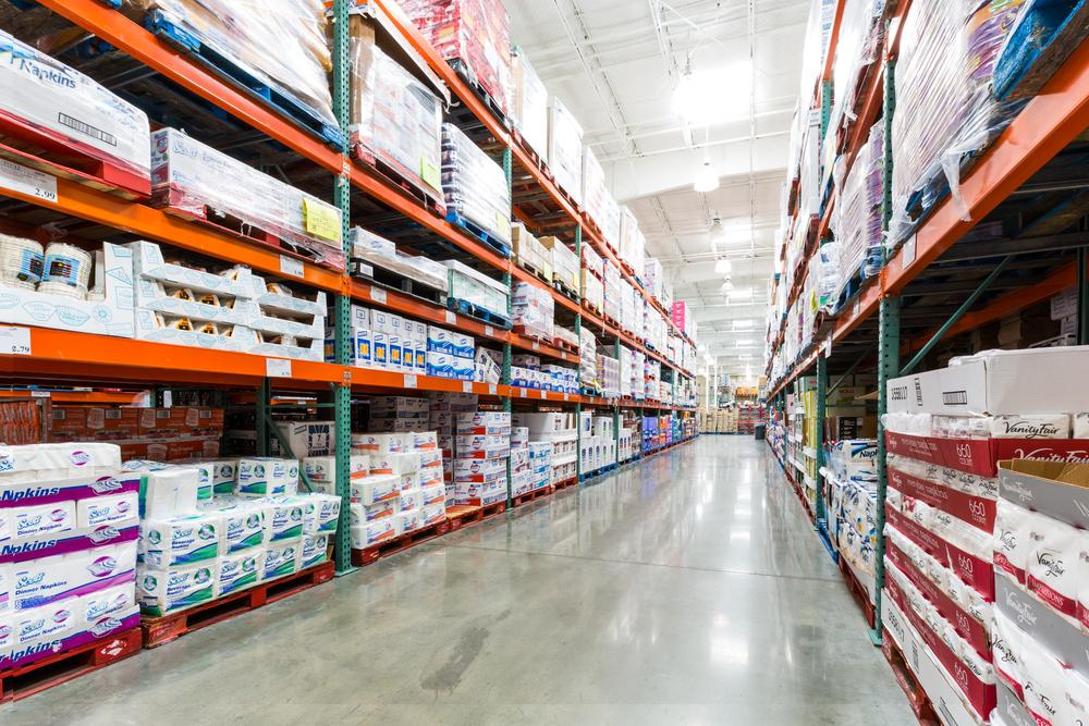 2019 Sams Club Holiday Hours And Schedule Savingadvice Com >> Costco And Sam S Club Vs Amazon Prime Can Warehouse Stores Still