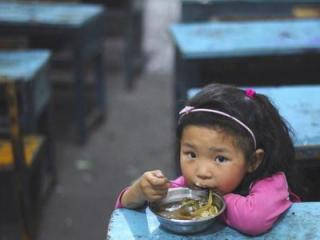 Every four seconds a human being dies from hunger and most of those are children. That's 21,000 human beings dying every day. Feed a Billion's goal is to provide one billion meals by 2020. (Deseret Photo)