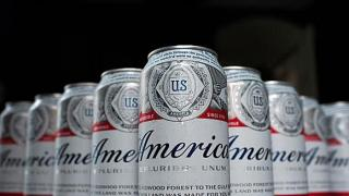 Budweiser plans to bring back old patriotic, controversial...
