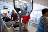 IMAGE: Attention travelers: Start taking out your iPad at airport security