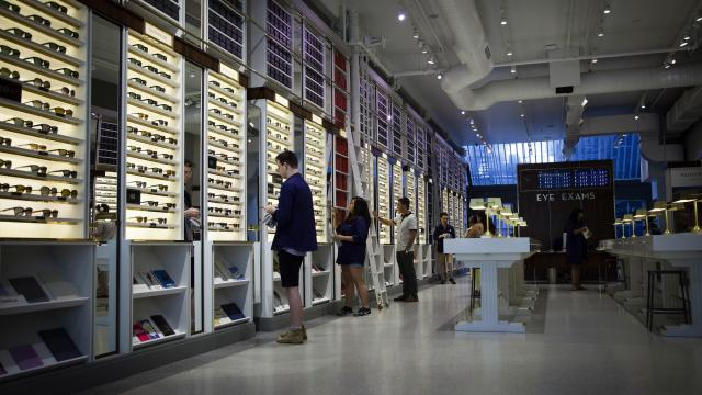 FILE — A storefront for Warby Parker, the e-commerce-focused eyeware retailer, in Manhattan, July 17, 2013. A new round of financing announced on March 14, 2018 reportedly values Warby Parker at about $1.75 billion — the latest sign of support for the trend-setting company as it expands its eyewear business. (Deidre Schoo/The New York Times)