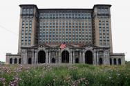 IMAGE: Ford to remake Detroit's most famous ruin