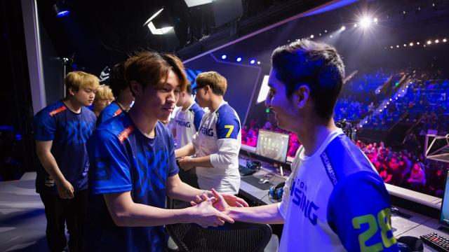 Overwatch Bets Gaming Fans Will Cheer for the Home Team to