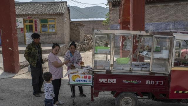 Chinas Small Farms Are Fading The World May Benefit Wral