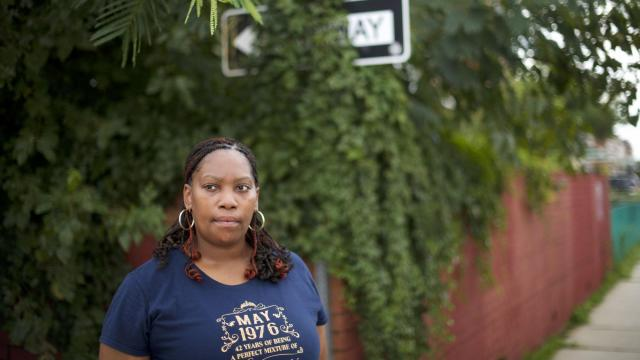 Lakesha Wheelings, one of many workers who have accumulated steep fees at the Marriott Employees' Federal Credit Union, in Philadelphia, Sept. 26, 2018. At the Marriott credit union, with unusually high fees, service workers find further stress on thin paychecks while better-paid employees get deals. (Mark Makela/The New York Times)