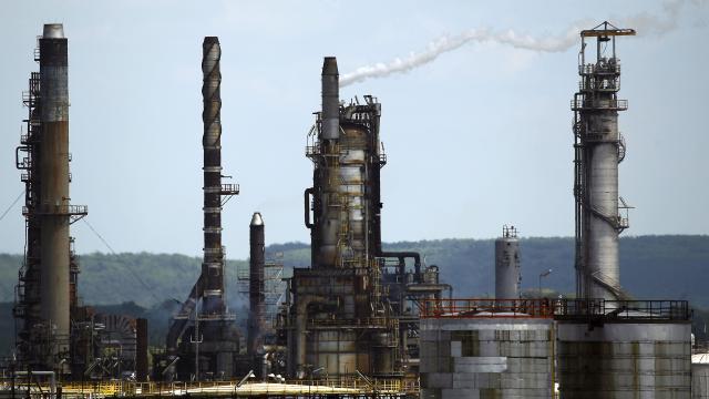 Will Exxon's oil production keep shrinking?