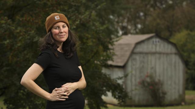 Sarah Baird, a journalist who created the database Shoeleather with the aim of improving coverage of smaller communities around the country, in Lexington, Ky., Oct. 25, 2018. Shoeleather connects journalists outside New York, Washington, Los Angeles and San Francisco with editors across the country. (Jessica Ebelhar/The New York Times)