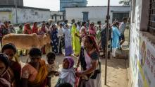 IMAGES: In 'Digital India,' Government Hands Out Free Phones to Win Votes