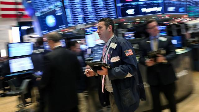 Dow falls 300 points on global growth fears
