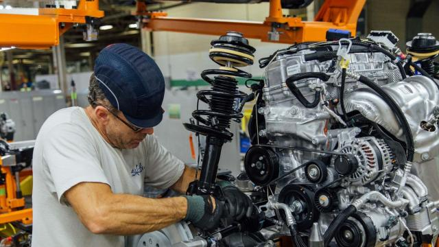 Nearly 1,400 autoworkers in Belvidere, Illinois, will lose their jobs as a result of weak demand in China for the Jeep Cherokee. (Fiat Chrysler)