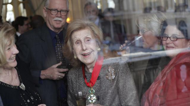 Anne Cox Chambers, media heiress and former US ambassador, has died at 100