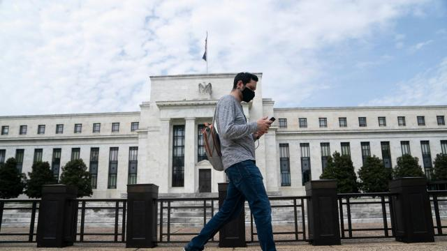 Fed expands Main Street lending program to more companies