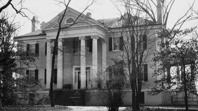 The Duncan Cameron plantation. Image courtesy of the State Archives of North Carolina.