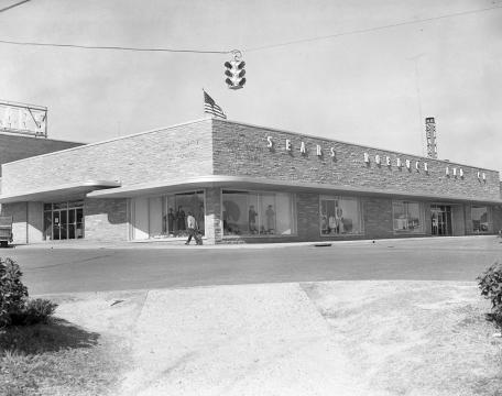 Cameron Village was built in 1949. Image courtesy of the State Archives of North Carolina.