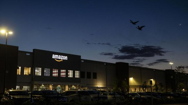 FILE — An Amazon distribution center on Staten Island in New York on May 13, 2021. Amazon has eclipsed Walmart to become the world's largest retail seller outside China, according to corporate and industry data. (Dave Sanders/The New York Times)