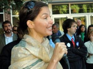 Ashley Judd speaks about Barack Obama at North Carolina State University on Oct. 30, 2008.