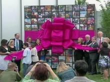 Web only: N.C. art museum's ribbon-pulling ceremony