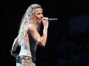 Sheryl Crow performed at Cary's Koka Booth Amphitheatre at Regency Park on Sunday evening, August 15, 2010. (Photo by Jack Morton).