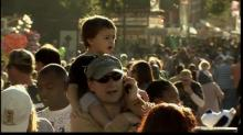 IMAGES: Fairgoers fight traffic for annual treat